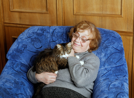 octogenarian: The grandmother with a cat in house conditions