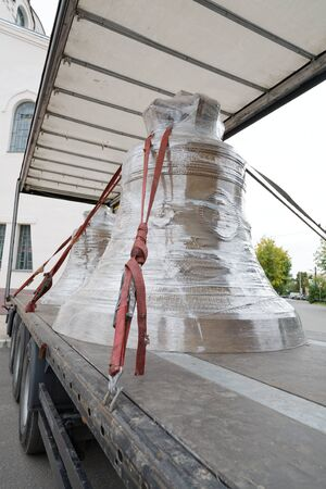 church bell: Church bell transport by the truck