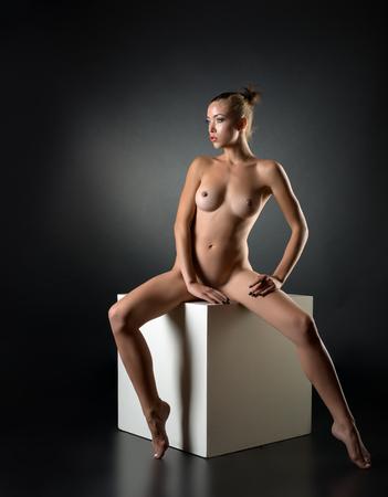 Woman nackt