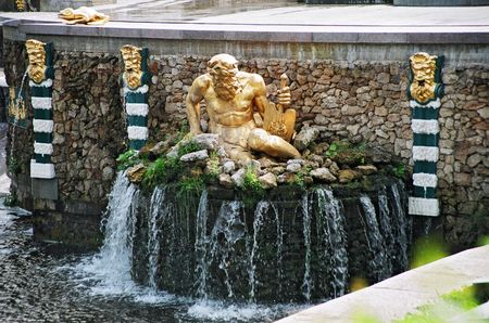 peterhof: Peterhof. Fountains.