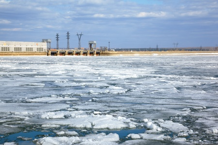 novosibirsk: Spring floating of ice on Ob reservoir and hydropower station