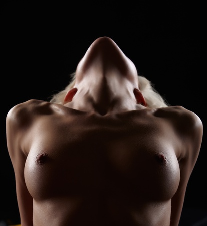 beaux seins: portrait de jeune femme blonde avec de beaux seins Banque d'images