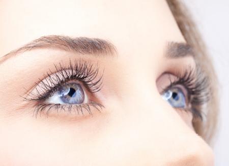 eyes: Close-up shot van de vrouw oog met dag make-up Stockfoto