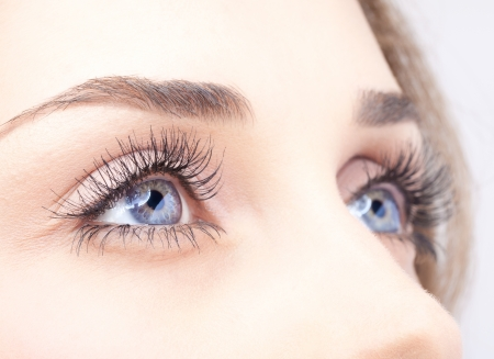 beautiful eyes: Closeup Schuss von Frau Auge mit Make-up-Tag