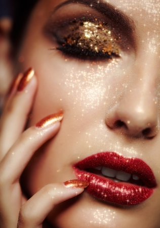 lustrous: Beautiful young woman with shining face makeup