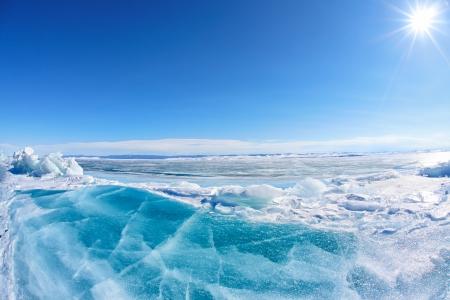Winter Baikal lake landscape with Sun on blue sky Stockfoto