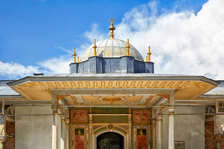 ancient near east: The Gate of Felicity in the Second Courtyard of Topkapi Palace, Istanbul, Turkey