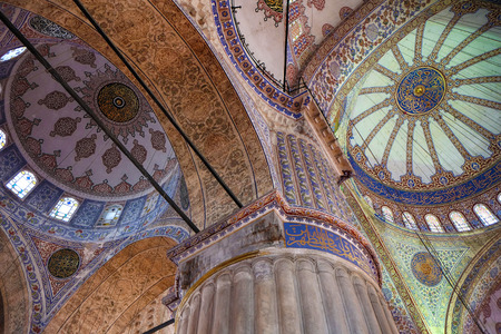 dome: ISTANBUL, TURKEY - JULY 14, 2014: The ceiling decorations with Islamic elements of Sultan Ahmed Mosque dome. Blue Mosque is a famous historic mosque in Istanbul, Turkey. Editorial