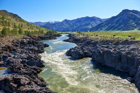 katun: Teldykpen rapids on Altai river Katun near Oroctoi, Siberia, Russia