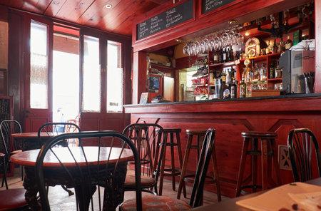 alehouse: Valletta, MALTA - JULY 25, 2015: A cosy interior of a cafe on the Lvant street near the Lower Barrakka Gardens, Valletta, Malta