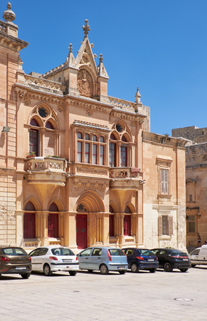 pawl: MDINA, MALTA - JULY 29, 2015: The Baroque style facade of the austere Bishops Palace on the Pjazza San Pawl in Mdina. Malta