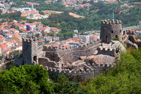 The beautiful view from the Royal tower to the Moorish  Castle on the top of the mountain over the Sintra town. Sintra. Portugal 報道画像