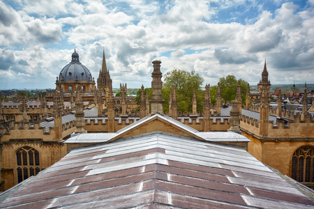 The Bondian Library and the Dome of the Radoniffe Camera. Oxford University. Oxford. England