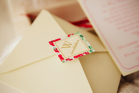 Beautiful handmade wedding invitations on the table Zdjęcie Seryjne