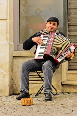 City accordion, human music craze.