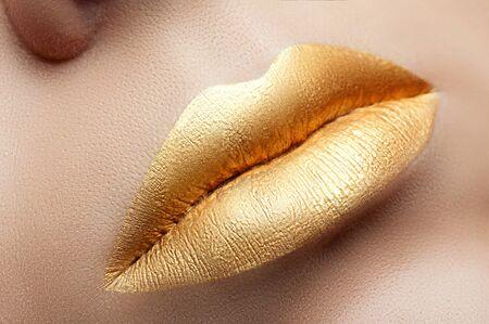 matte: Lips