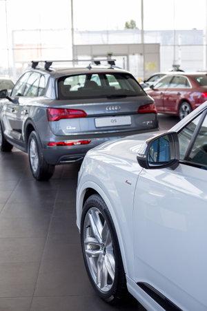 Russia, Izhevsk - September 11, 2019: Audi showroom. New modern cars of a famous world brand. Prestigious vehicles. Standard-Bild - 134500747