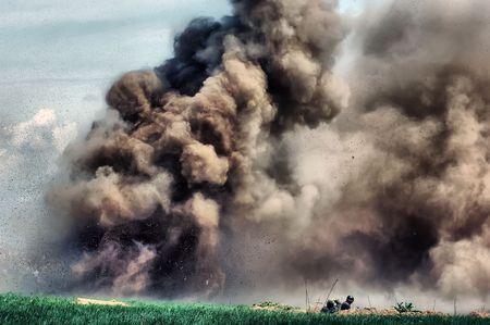 reenacting: Esplosione. WW2 reenacting. Kiev, Ucraina