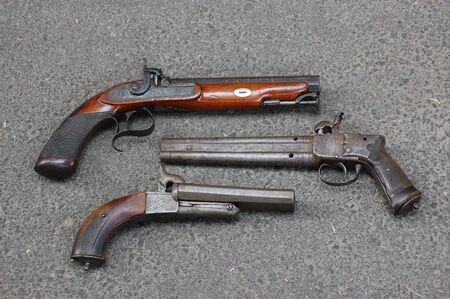 flint gun: antique handguns
