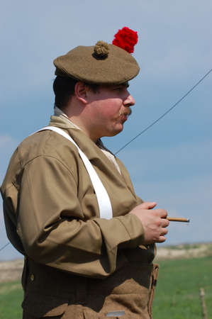 reenacting: KIEV, UCRAINA. 9 Maggio 2008. Storia militare club stella rossa. Reenacting storico militare. Guerra in Germania nel maggio 1945. Persona in uniforme di reggimento scozzese.