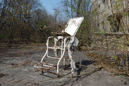 APR. 25,2009 Chernobyl area. Lost city Pripyat. Modern ruins. Ukraine. Kiev region.April 25,2009    Stock Photo - 8491751