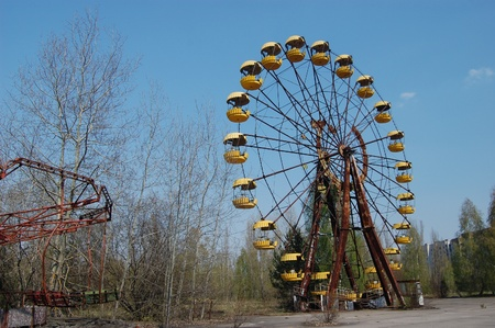 APR. 25,2009 Chernobyl area. Lost city Pripyat. Modern ruins. Ukraine. Kiev region.April 25,2009    Stock Photo - 8822104