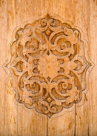 tiefe: Kunst der Holzschnitzerei. Details Threads.
