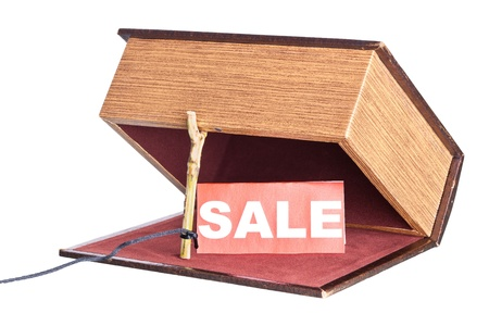 installed: Fraud in the sale. box is installed in the form of the trap.