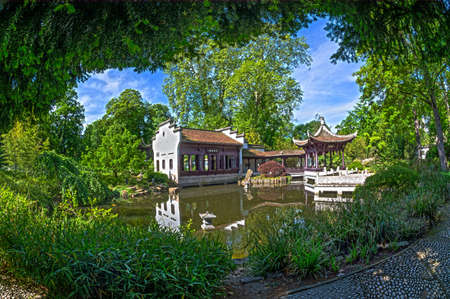 FRANKFURT AM MAIN, GERMANY - MAY 20, 2016: Chinese park in Frankfurt am Main. A quiet, beautiful place to relax. Popular with locals and tourists. It recreates the atmosphere of eastern culture in the heart of Europe. Éditoriale