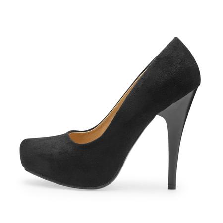 tacones negros: zapatos de tacón negro, foto simbólica por la moda y la elegancia en un fondo blanco
