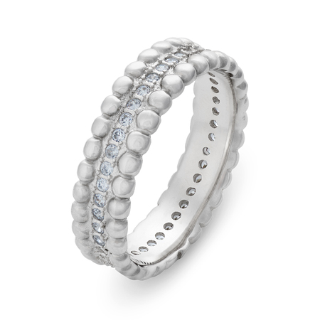 circumference: Single silver bracelet with diamonds around the entire circumference on a white background