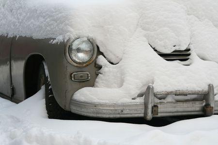 frozen car photo