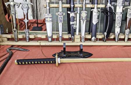 tsuka: Japanese Katana and antique knives, detail knives, sale of antique weapons