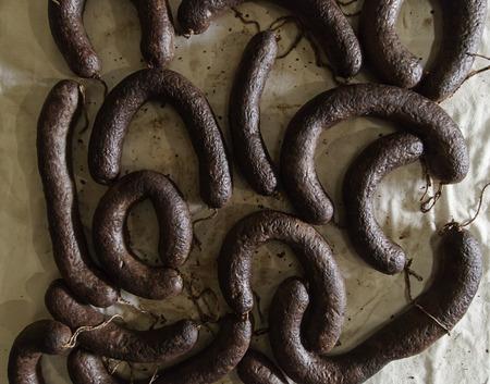 Trockene Schweinefleischwurst bereit zu essen, reiches Wurst-Detail