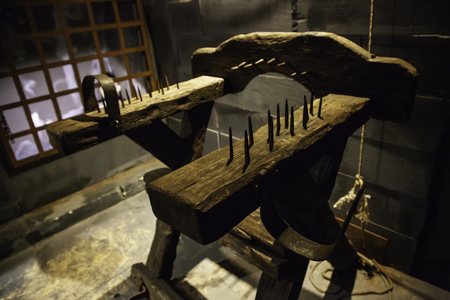 Medieval instrument of torture, detail of torture in the inquisition 스톡 콘텐츠