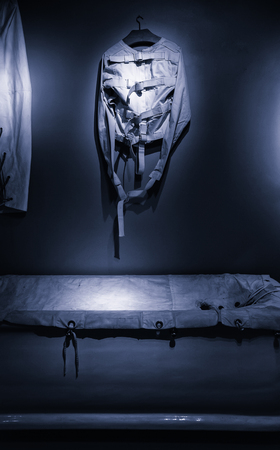 Old psychiatric straitjacket, mental hospital detail, psychosis 版權商用圖片