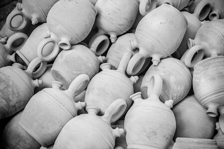 Handmade clay jugs, detail of some old clay pots, tradition and decoration, pottery 版權商用圖片
