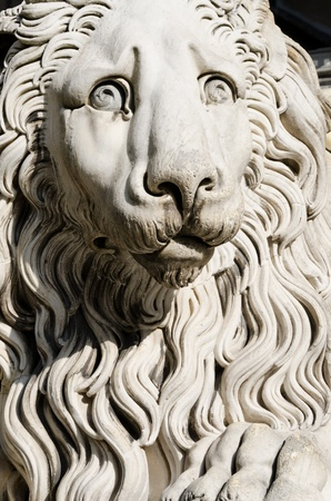 laurence: sculpture of a lion in caddedrale of St  Laurence in Genoa