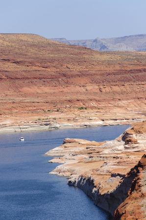 lake powell: Lake Powell Dam in Arizona in America