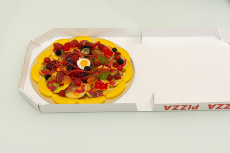 chewy: sweet pizza made of chewy candy