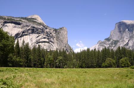 half dome: Yosemite National Park in California
