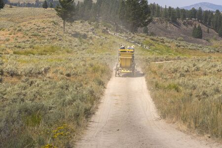 far west horse carriage in Lamar Valley in Yellowstone National Park on summer in Wyoming 스톡 콘텐츠