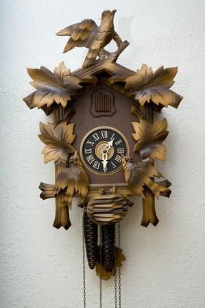 cuckoo clock: Cuckoo Clock  Foto de archivo