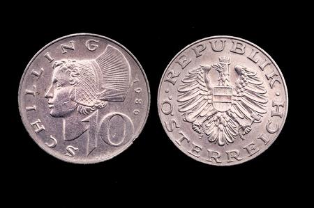 lira: 10 old Italian lira currency