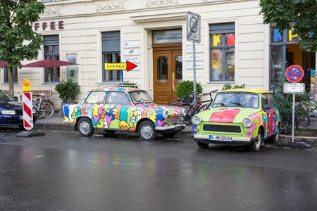 zwei alten Trabant Auto in Berlin Editorial