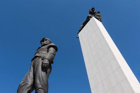 stefanik: The statue of Milan Rastislav Stefanik in Bratislava