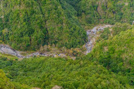 Bergrivier op het eiland Madeira dichtbij Sao Jorge. Portugal