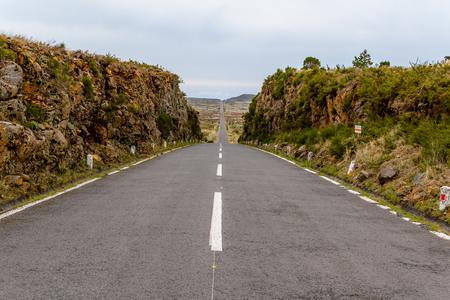 Rechte weg op het eiland Madeira, het plateau Paul da Serra, Portugal Stockfoto