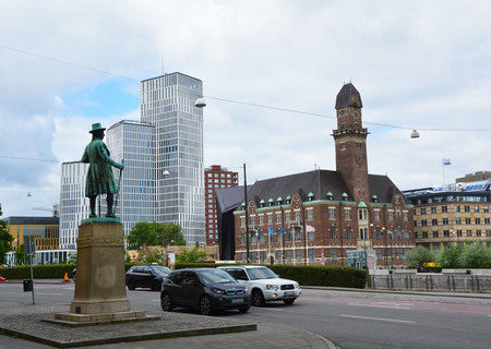 frans: MALMO, SWEDEN - MAY 31, 2017: view of the statue of Swedish businessman Frans Suell keep watch on Malmo city from Norra Vallgatan street, Malmo, Sweden