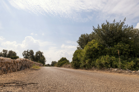 Countryside near the medieval white village of Ostuni Stockfoto